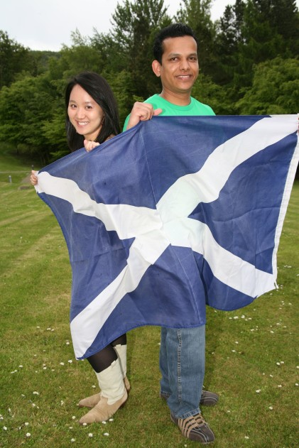 students-with-saltire-flag